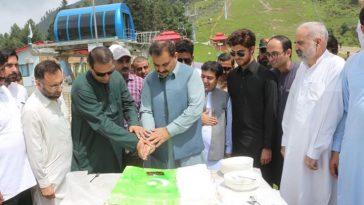 ملک بھر کی طرح سوات میں بھی 72 ویں یومِ آزادی کا جشن ملی جوش و جذبے سے منایا گیا۔