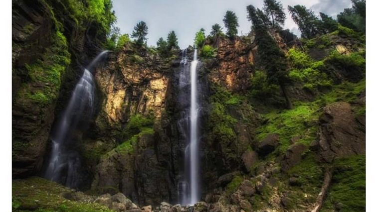 Jarogo waterfall... . . Pic credit:  . . . . . . . . . . . . . .