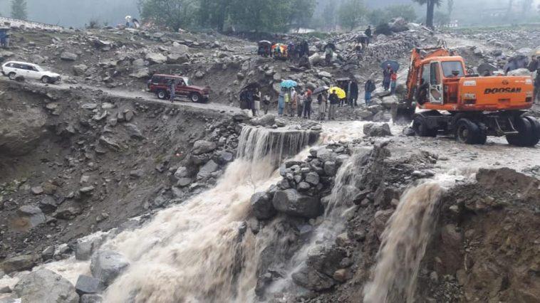 Clearance of NHA Main Road Kalam (N-95) at Pishmal in progress...