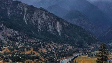 Green Top, Kalam  Located in Swat Valley, Kalam is home to one of the most sceni