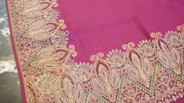 Pink Pashmina shawl  Four sided embroided border  PROMO Price: 5500 Rps  For ord