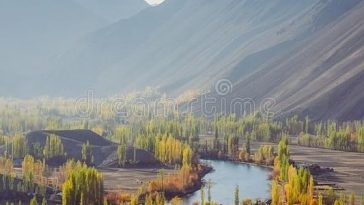 Phander Valley is in Ghizer District of the Gilgit-Baltistan region of Pakistan.