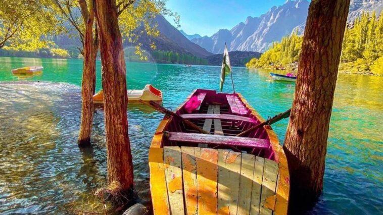 Upper Kachura Lake. The Kachura Lakes are three lakes in the Skardu District of