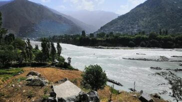 This is the a beautiful and lovely photo of the first lake in swat valley, Pakis