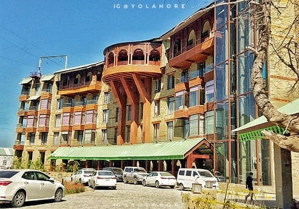Travel Diaries!PTDC Motel covered in Pearl Continental Malam Jabba.Malam Jab