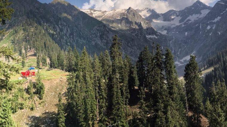 Clear views of glacier from jahazbanda, kumrat. all shots by :